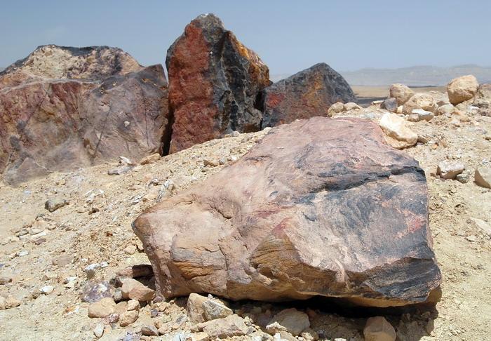 Камни -4