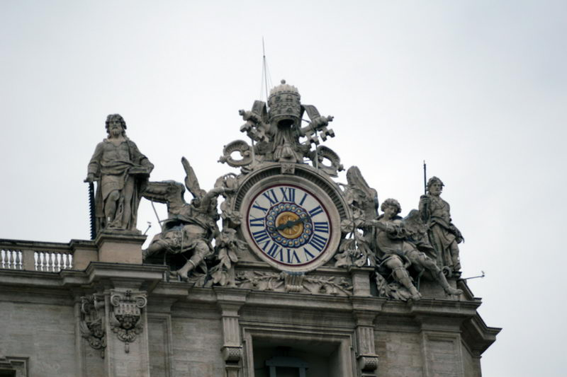 Часы на крыше