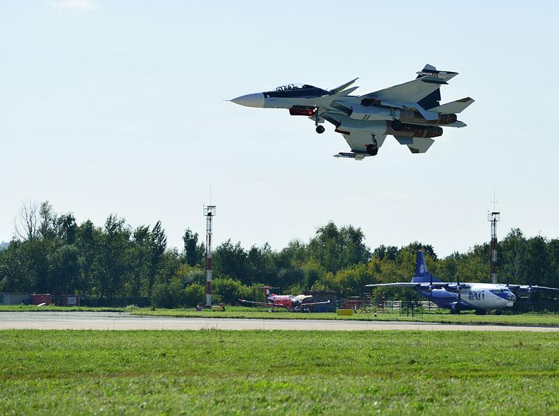 Су-30СМ. Посадка. Авиашоу 53.