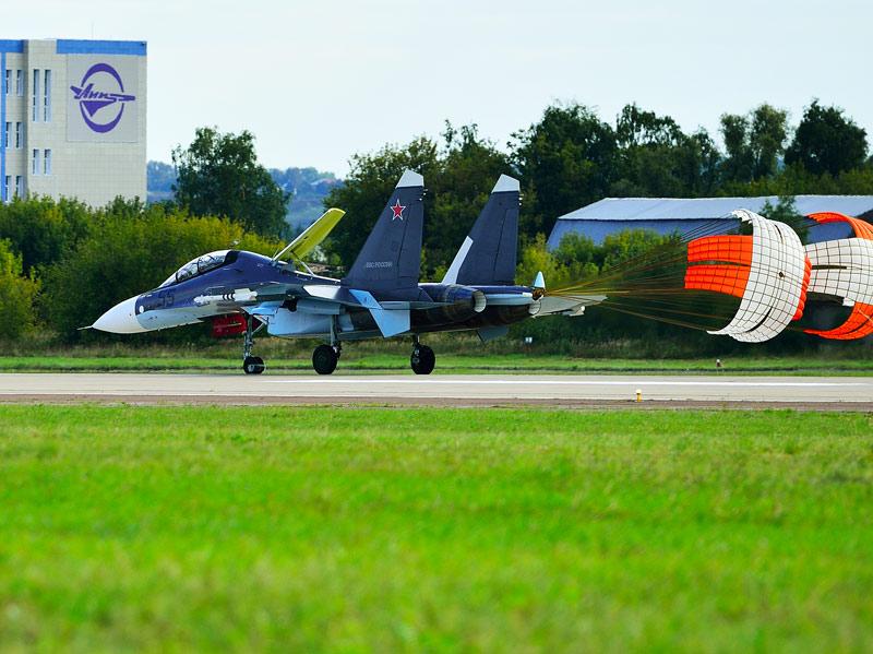 Су-30СМ. Посадка. МАКС-2013. Авиашоу 50.
