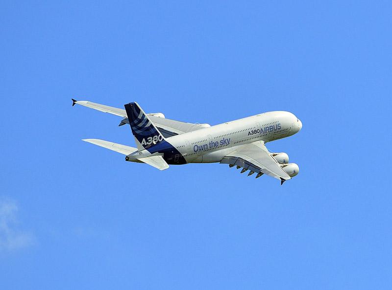 Аэробус А-380 в полёте. МАКС-2013. Авиашоу 88.