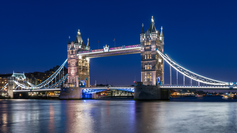 Tower Bridge by Michael L NYC 99