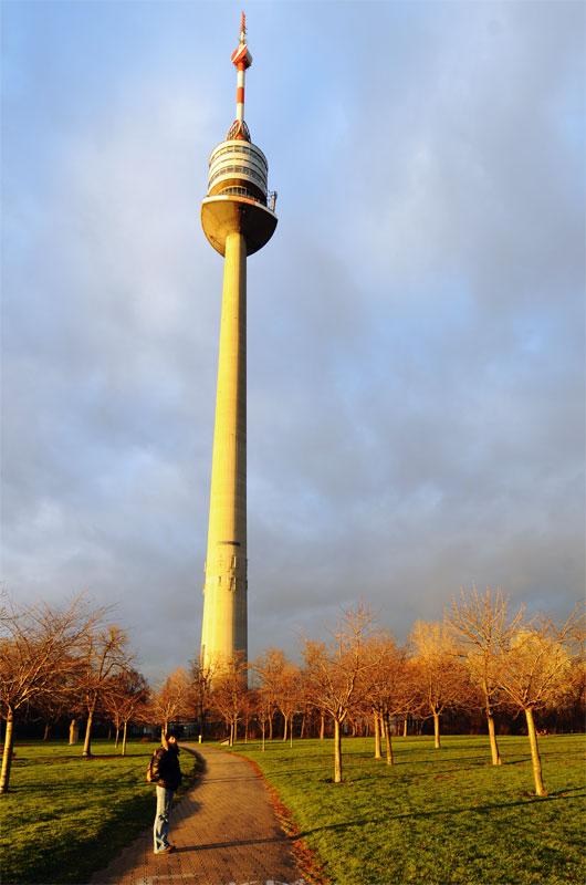 Вена. Дунайская башня. 3