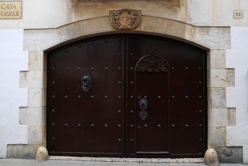 Тосса де Мар. Двери.