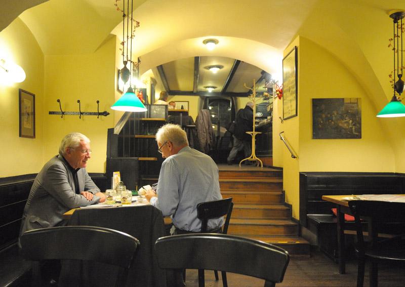 Вена. Пивной ресторан Бирклиник. Gosser Bierklinik. 10