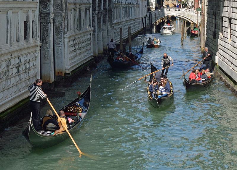 Венеция. Гондолы и гондольеры. Venice. 85