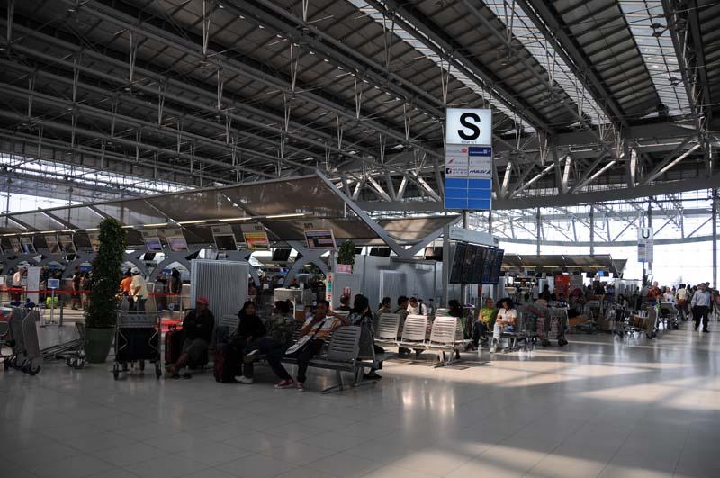 Бангкок. Аэропорт. Bangkok. Airport Suvarnabhumi.