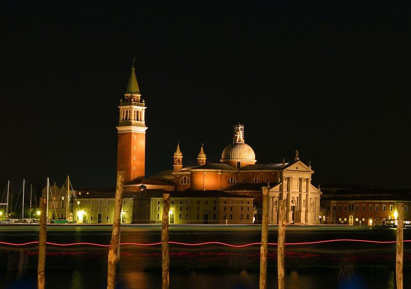 Венеция ночью Кроп.