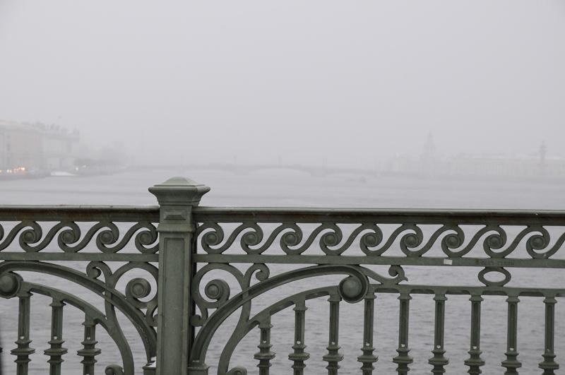 Питер. С Троицкого моста. Nikon D300+16-85VR. ISO400, 62mm, f/8, 1/80.