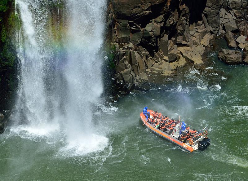 Водопады Игуасу. Тур на лодке. Iguacu Falls. Boat Trip 6