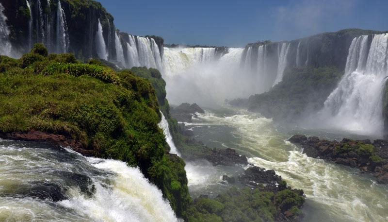 Бразилия. Водопады Игуасу. Brasil. Iguacu Waterfalls. 87