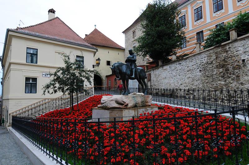 Загреб. Памятник св. Георгию. Zagreb. 76