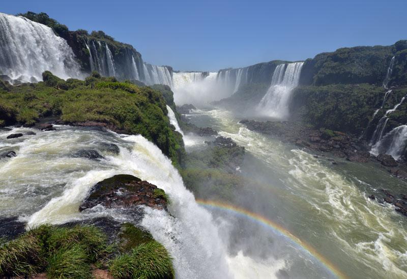Бразилия. Водопады Игуасу. Brasil. Iguacu Falls. 100