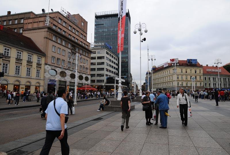 Хорватия. Загреб. Площадь Бана Елачича. Zagreb. 12.