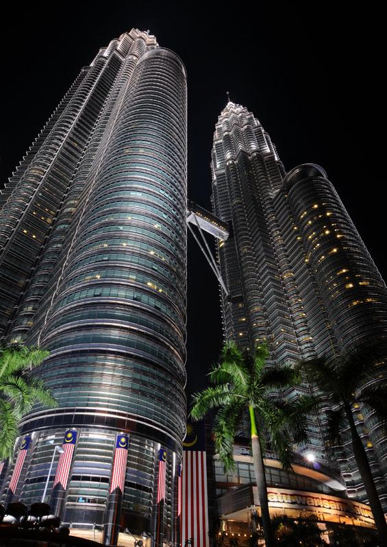 Петронасы ночью. Night Petronas. 8