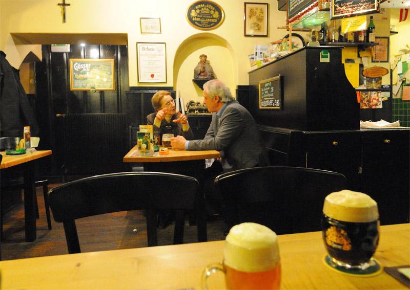 Вена. Пивной ресторан Бирклиник. Gosser Bierklinik. Vienna. 20