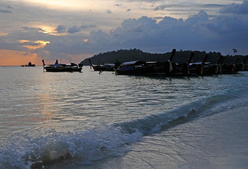 Ко Липе. Пляж Паттайя на закате. 99