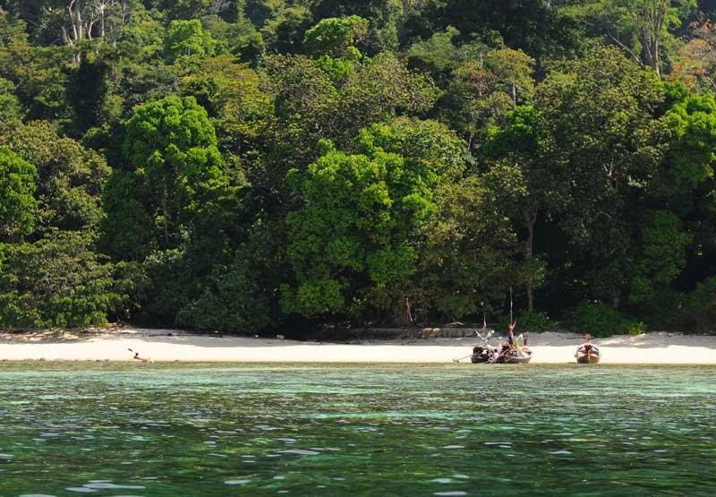 Идём на остров Ко Аданг с Ко Липе. 57