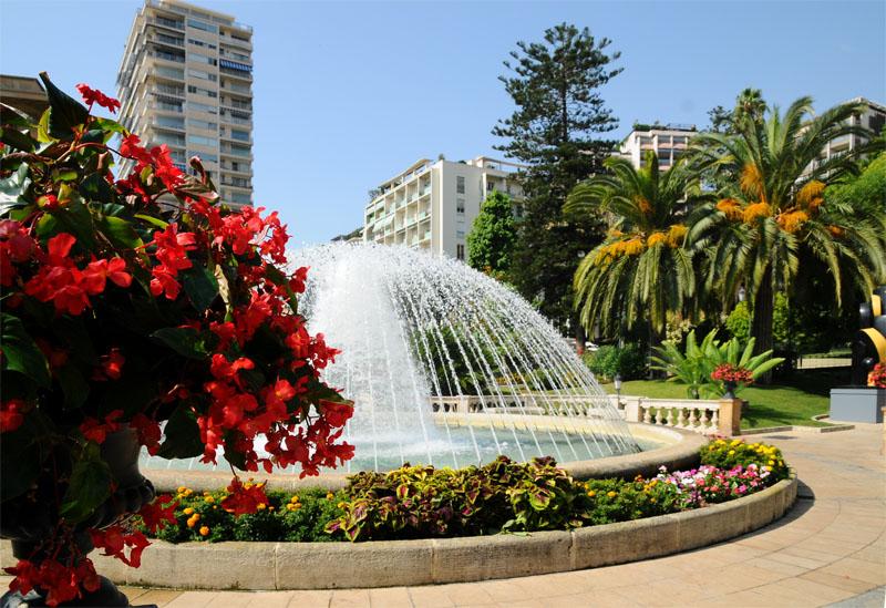 Монако. Парк перед казино. Monaco. Фото 17