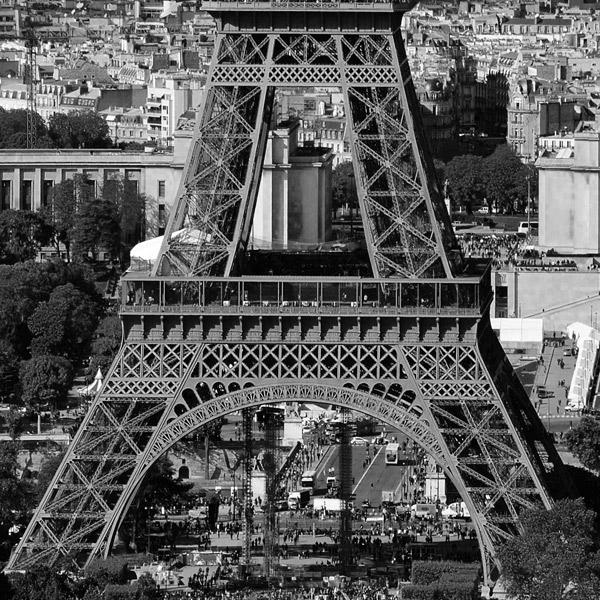 Эйфелева башня с Монпарнаса.