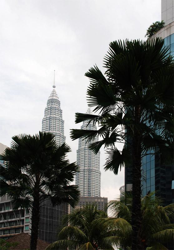 Петронасы. Вид из отеля Crowne Plaza. Petronas. 18