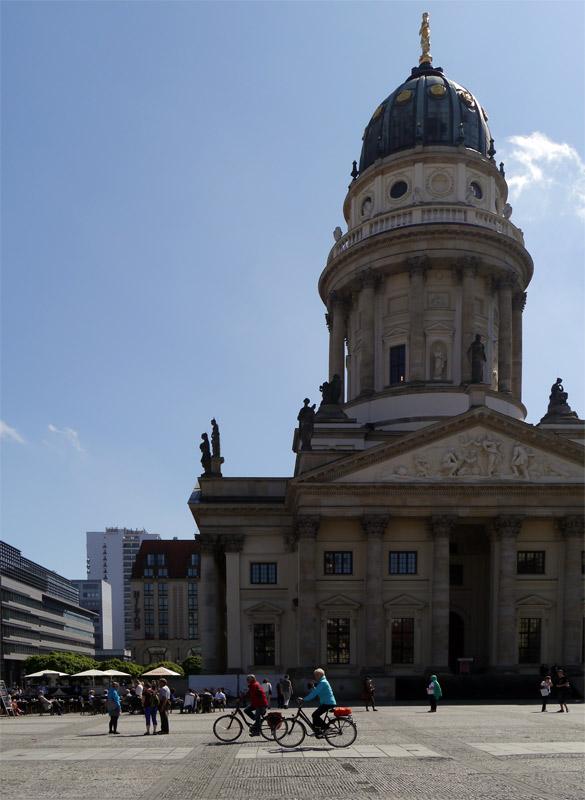 Берлин. 9 мая 2013г. Жандармская площадь, площадь Жандармский рынок. 4