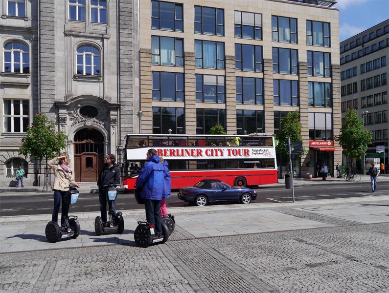 Берлин. 9 мая 2013г. Жандармская площадь, площадь Жандармский рынок. 10